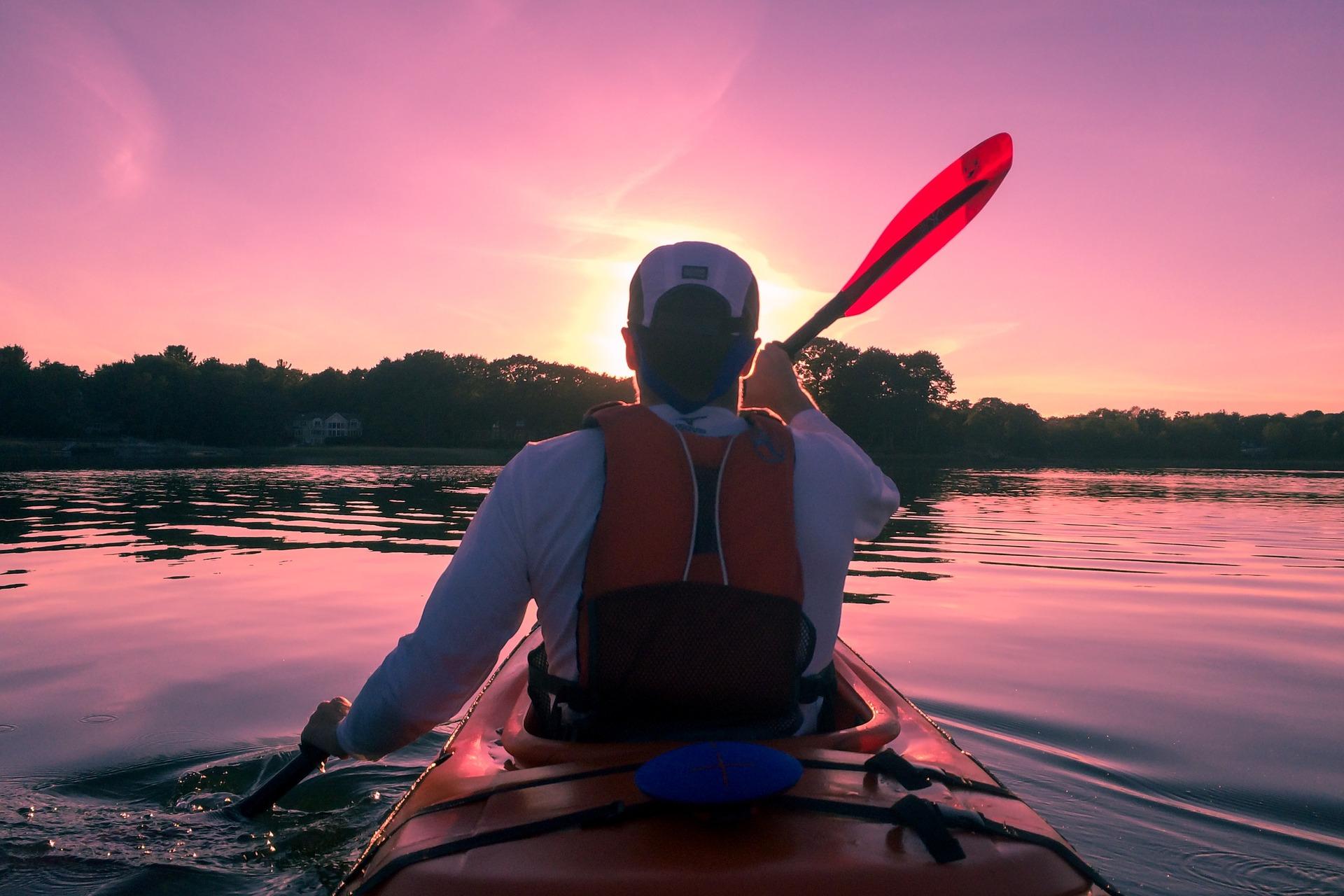 Kayak on the clear waters of Three Sisters Springs